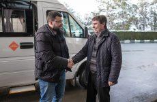 Сергей Цеков встретил Главу Донецкой Народной Республики Дениса Пушилина в аэропорту «Симферополь»