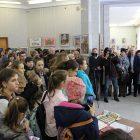«Разноцветный мир»: выставка в честь 75-летия Симферопольской детской  художественной школы